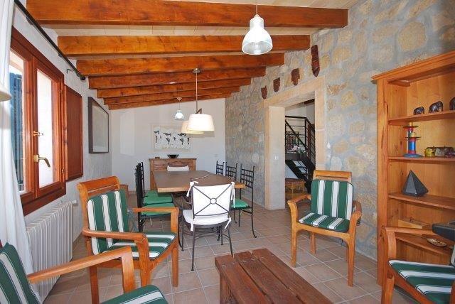 Villa Oscols - eettafel