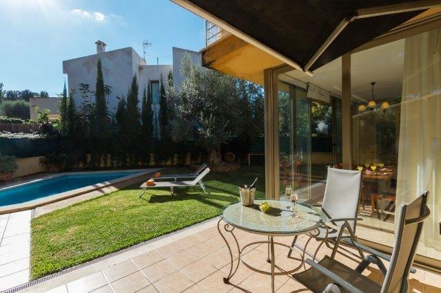 Villa Ses Oliveres - terras