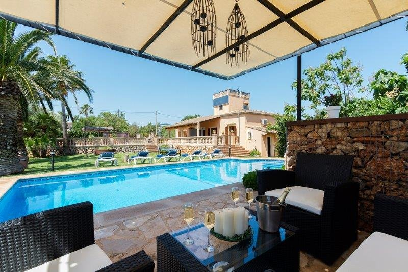 Villa Ferrera - zwembad