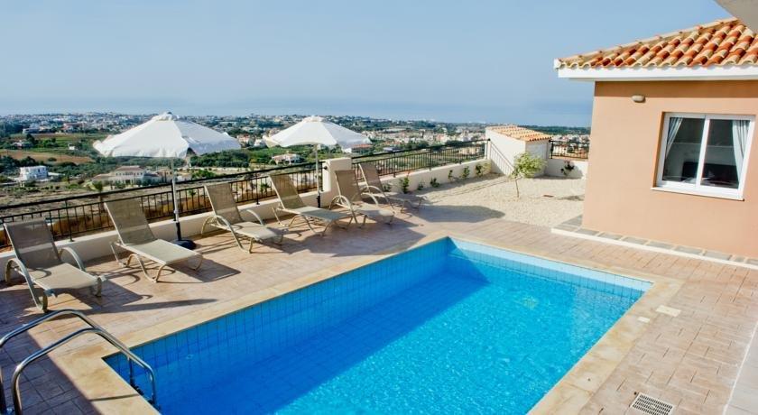 Villa St George - privé zwembad