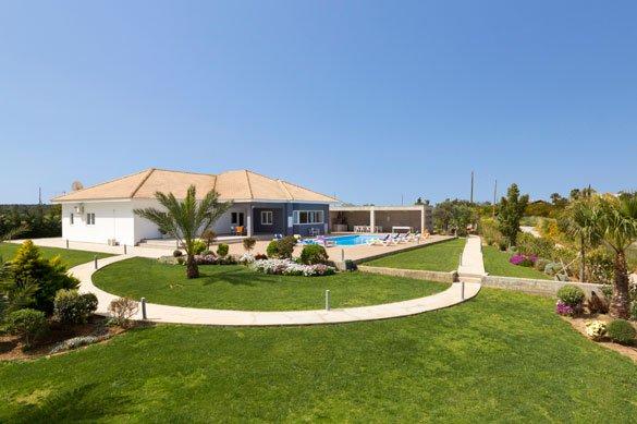 Villa Salamis - tuin
