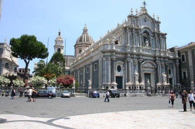 Fly-drive Bella Sicilia - kerk
