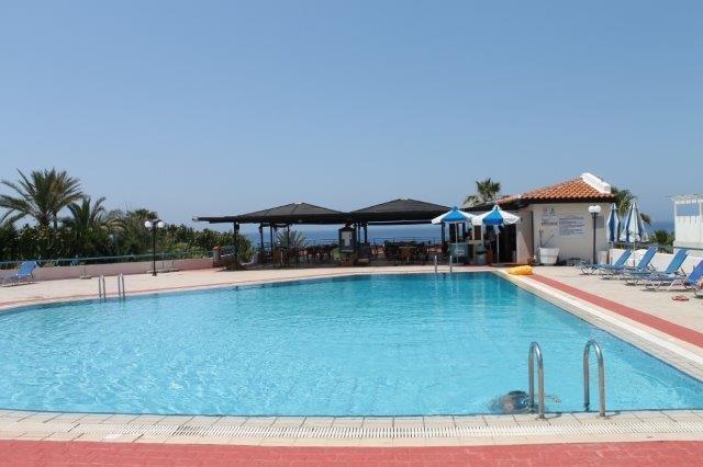 Appartementen Helios Bay - zwembad