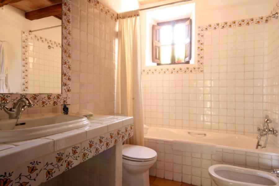 Appartement Son Siurana - badkamer