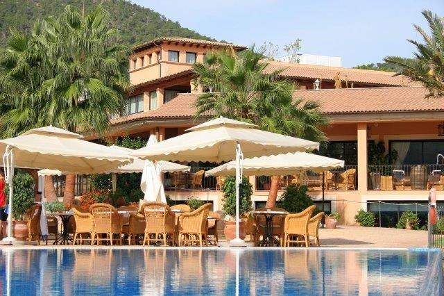 Hotel Mon Port - zwembad