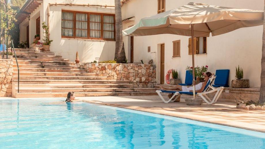 Hotel La Perola - zwembad