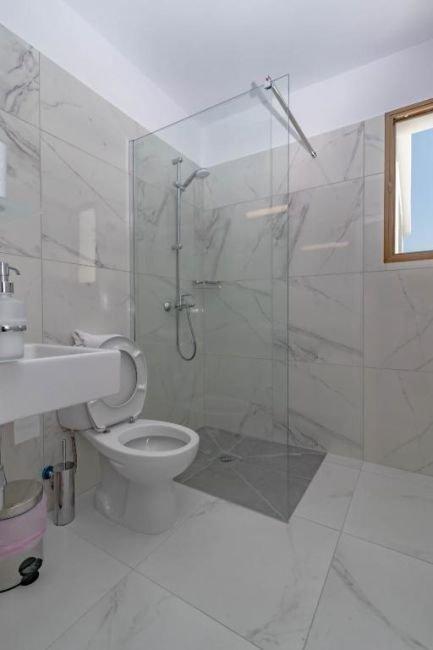 Appartementen Rododafni - badkamer
